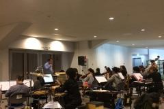 札幌会場でリハーサルするオーケストラの皆さん。
